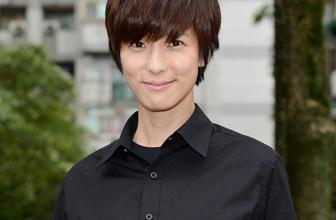 赖雅妍女扮男装超帅气